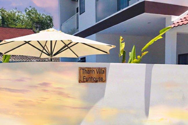 Vào tháng 6/2019, Bảo Thanh còn bất ngờ khoe tậu thêm một căn biệt thự ở Đà Nẵng. Căn biệt thự được Bảo Thanh đặt tên là 'Thanh Villa Funhouse'. Dù không hé lộ nhiều về khối tài sản giá trị này, nhưng nhiều người đồn đoán, con số để sở hữu căn biệt thự này là không nhỏ. Nữ diễn viên tiết lộ, đây là nơi để gia đình cô nghỉ ngơi, thư giãn sau những ngày dài làm việc mệt mỏi.