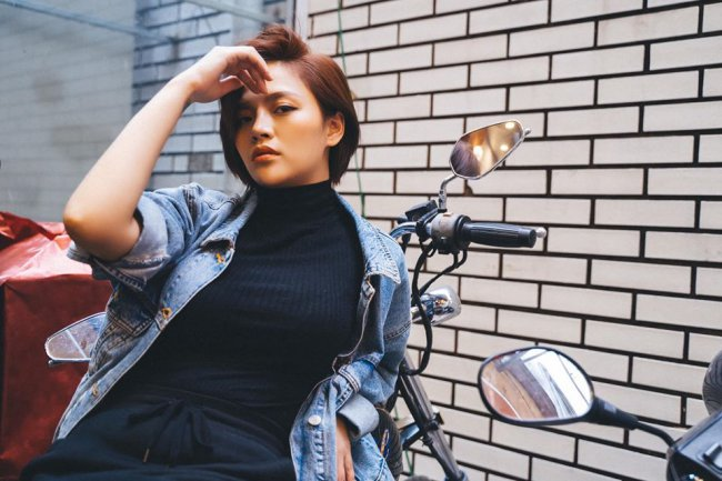 Là mẹ đơn thân, với những thành công hiện tại của Thu Quỳnh, cô được khen ngợi làphụ nữ đầy nghị lực và đáng được ngưỡng mộ.