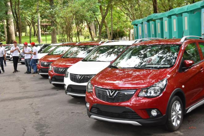 Bộ Tài chính nói về thời điểm ban hành Nghi định giảm 50% phí trước bạ ôtô - 1