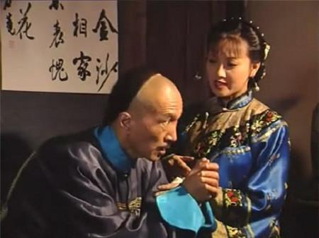 Chuyện ít biết về Lưu Dung, Hòa Thân và Kỷ Hiểu Lam - 1