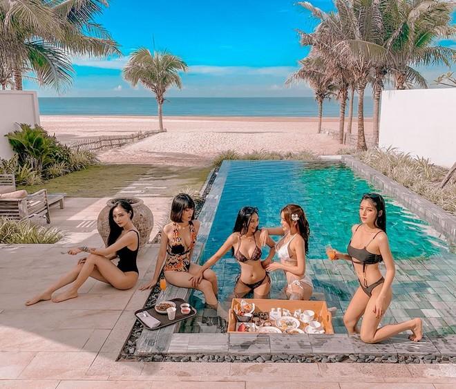 Hội bạn thân hot girl diện bikini khoe vóc dáng nóng bỏng đẹp như siêu mẫu - 2