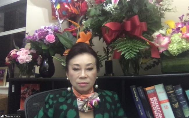 """Chủ tịch Đặng Thị Hoàng Yến bất ngờ """"tái xuất"""" sau 8 năm... bận - 1"""