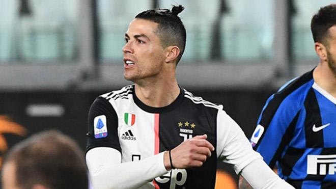 "Ronaldo bỏ Real đến Juventus: Mắc ""sai lầm thế kỷ"", mất 10 danh hiệu - 1"