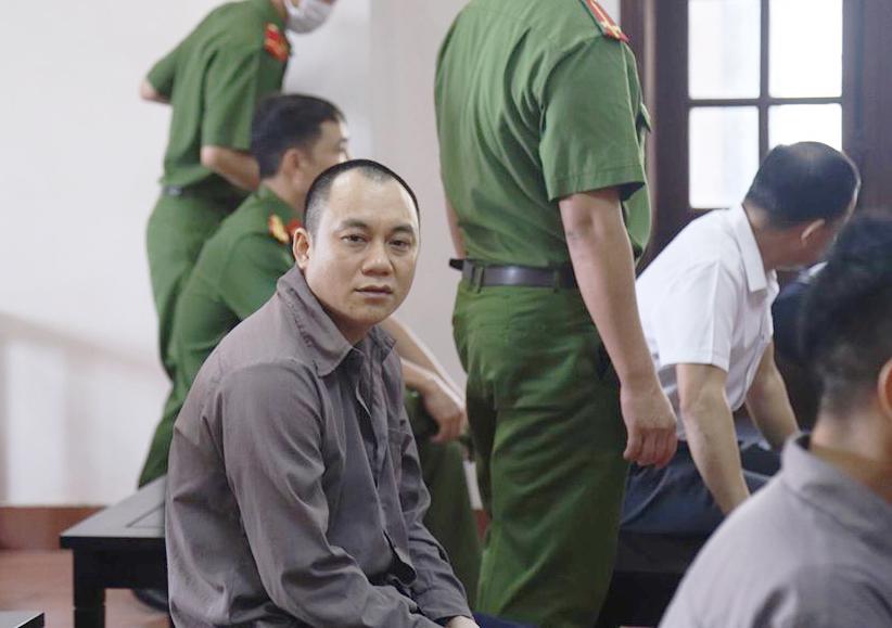 Toàtuyên y án vụ xe container tông xe Innova, mẹ tài xế Lê Ngọc Hoàng choáng váng - 1