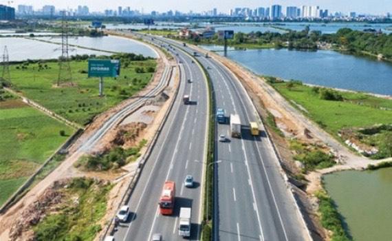 Nóng tuần qua: Chi tới hơn 115 tỷ đồng để làm 1km đường cao tốc Bắc - Nam - 1