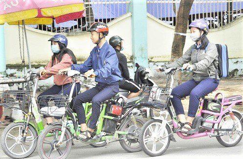 Phải có Giấy phép lái xe mới được điều khiển xe đạp điện - 1