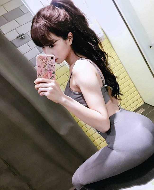 Khoảng thời gian ở nhà nghỉ dịch, cô có tăng từ 48kg lên 53kg lên cô quyết định tập cardio để giảm cân.