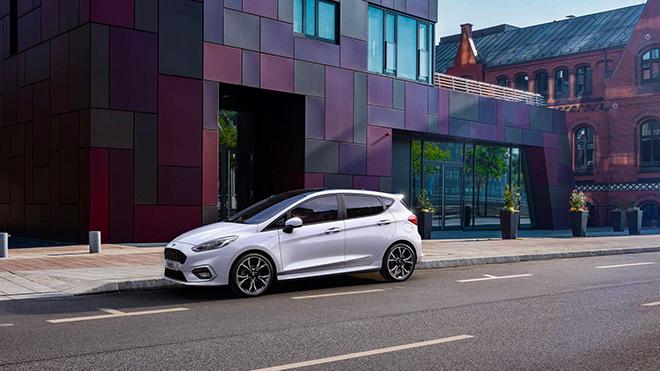 Ford Fiesta ra mắt phiên bản sử dụng động cơ lai Hybrid - 1