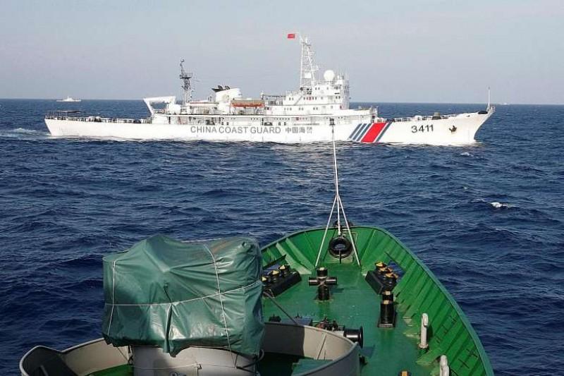 Indonesia sẽ điều thêm tàu chiến, máy bay đối phó Trung Quốc ở Biển Đông? - 1