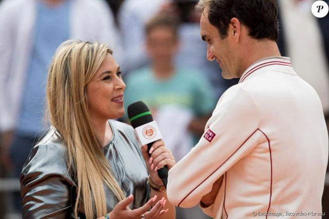 Tennis 24/7: Federer bị cựu nữ hoàng Wimbledon chỉ trích vì... quá giàu - 1