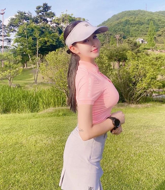 Golf là bộ môn thể thao được nhiều người quan niệm là dành cho những người giàu có.