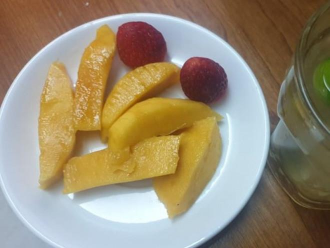 Những loại trái cây nên ăn trong mùa mưa để phòng bệnh - 1