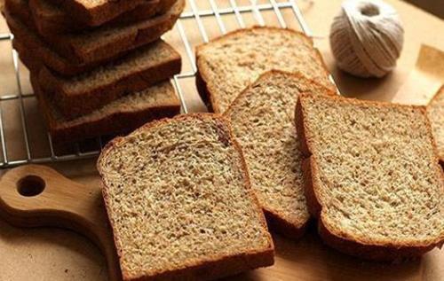 Người trong nghề tiết lộ bất ngờ về những loại bánh mì bạn vẫn thường ăn - 1