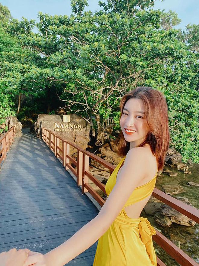Đỗ Mỹ Linh tận hưởng kỳ nghỉ sang chảnh ở resort 5 sao Nam Nghi Phú Quốc - 1