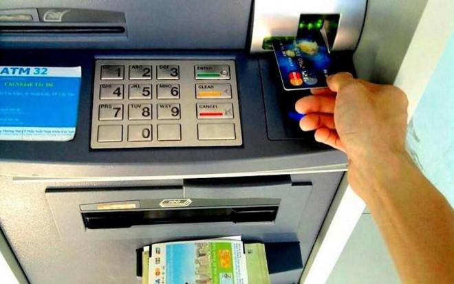 Cách hoạt động của một chiếc máy ATM - 1