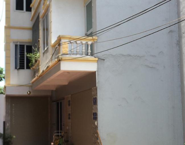 Nhà ở xây sẵn chung móng, chung tường: Mua rồi khó bán, lại đối mặt nhiều rắc rối - 1