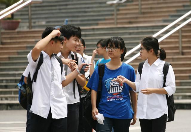 """Tỷ lệ """"chọi"""" vào lớp 10 chuyên tại Hà Nội có gì đặc biệt? - 1"""