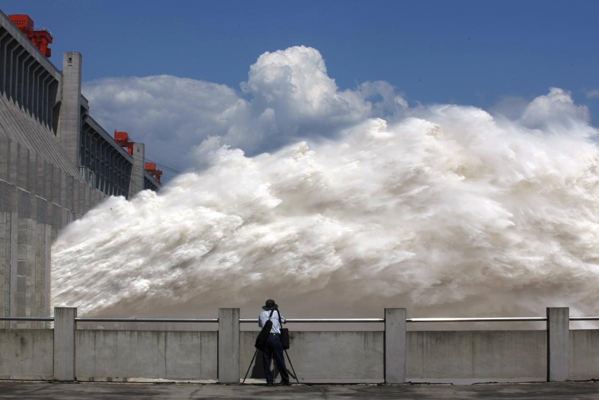 Nguyên nhân TQ hứng chịu mưa lũ lịch sử, uy hiếp cả con đập lớn nhất thế giới Tam Hiệp - 1