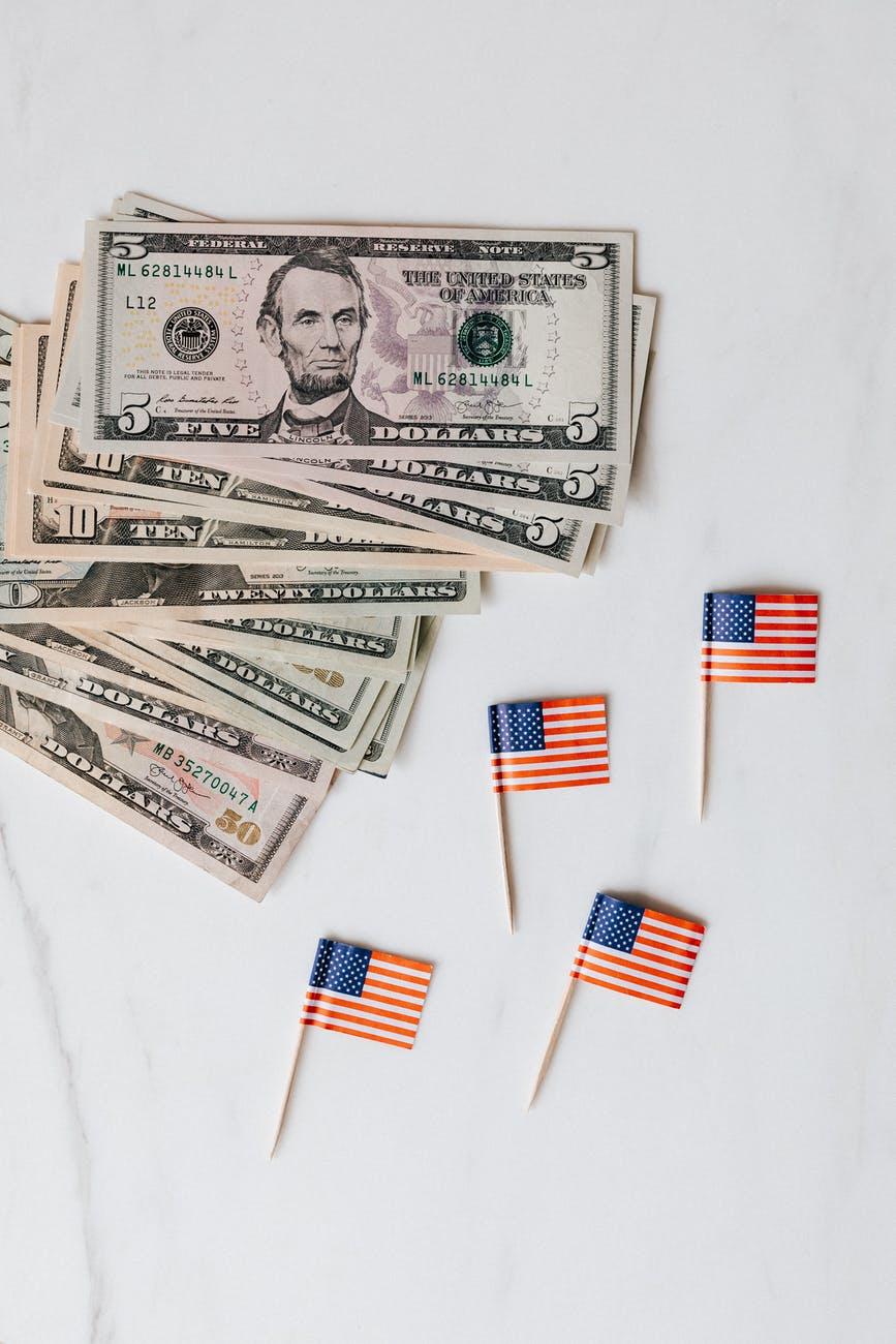 Tỷ giá USD hôm nay 28/6: Nhiều bất ổn, nhà đầu tư vẫn tìm đến đồng bạc xanh - 1