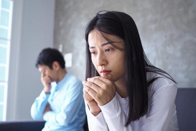 """Chênh lệch thu nhập khiến tình yêu sau hôn nhân của tôi """"chết mòn"""" - 1"""