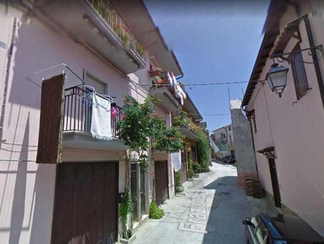 Ngôi làng cổ Italy miễn phí nơi ở để thu hút khách du lịch - 3