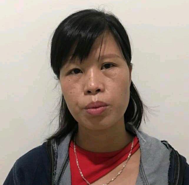 Người mẹ bỏ rơi con dưới hố ga đang bị tạm giam vì liên quan đến vụ án khác - 1