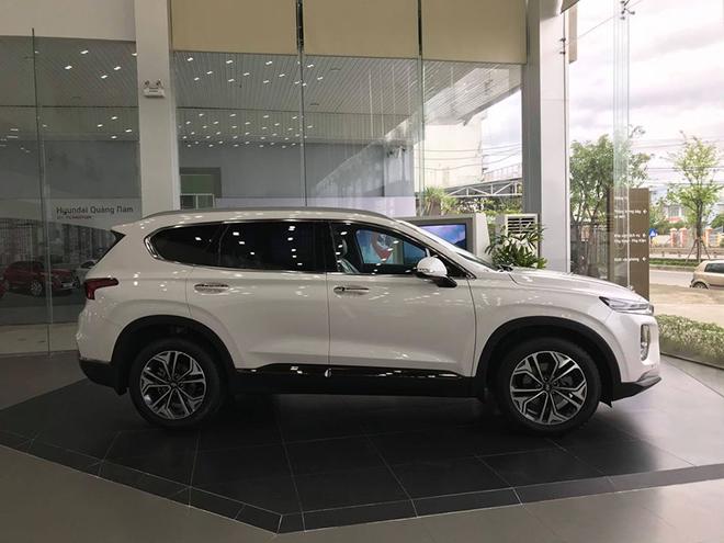 """Đại lý """"dọn kho"""" Hyundai Santa Fe, giảm giá tới hơn 80 triệu đồng - 6"""