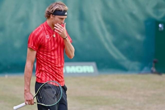 Zverev tiếp bước Federer chia tay Halle Open, Murray thua thảm ở Queen's Club - 1