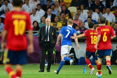Del Bosque tự hào với kỳ tích - 1