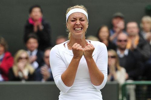 Sharapova - Lisicki: Vỡ mộng (Vòng 4 Wimbledon) - 1