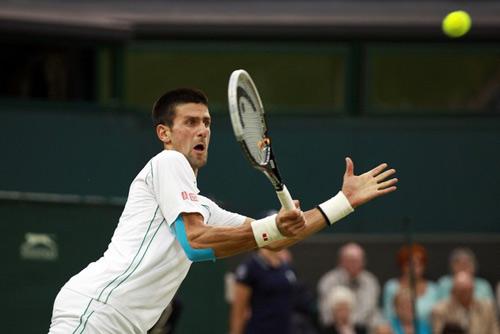 Djokovic - Troicki: Bước chân thần tốc (video tennis, vòng 4 Wimbledon) - 1