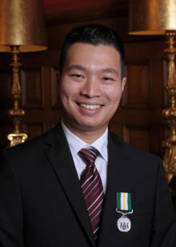 Thanh niên gốc Việt được vinh danh ở Anh - 1