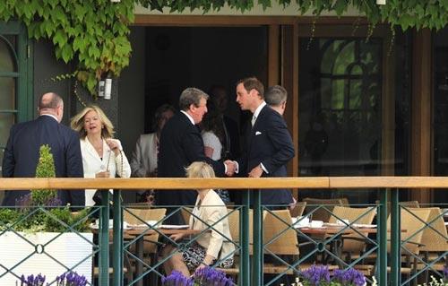 Roy Hodgson cổ vũ Murray VĐ Wimbledon - 1