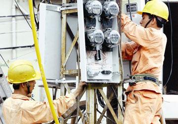 Giá điện sẽ tăng, giảm 3 tháng/lần - 1