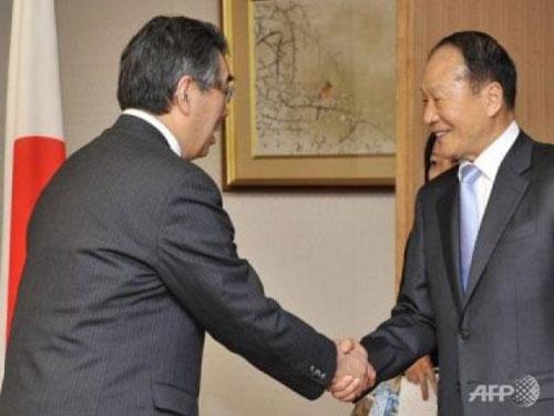 Anh trai Tổng thống Hàn Quốc bị bắt - 1
