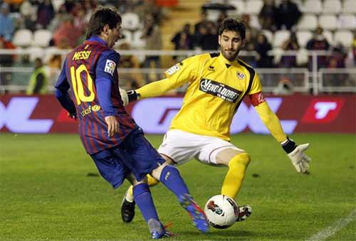 Barca: Thách thức mang tên … Messi - 1