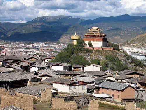 Shangrila - Miền đất đẹp dưới thềm chân núi Himalaya - 1