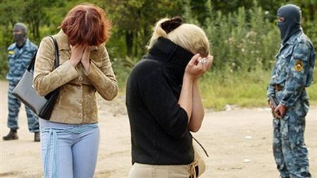 Nga lần đầu tiên phạt khách mua dâm - 1