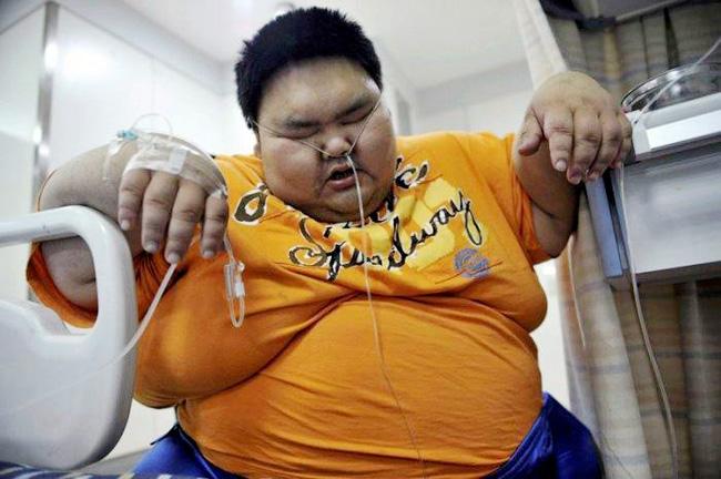 Anh Liang Yong nặng 225 cân được cho là người đàn ông béo nhất Trung Quốc.