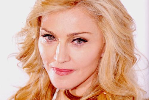 Madonna đối mặt với kiện tụng - 1