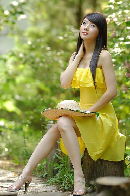 Xuống phố xinh tươi như Hwang Mi Hee - 1