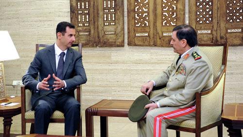 Tổng thống Syria bất ngờ xuất hiện - 1