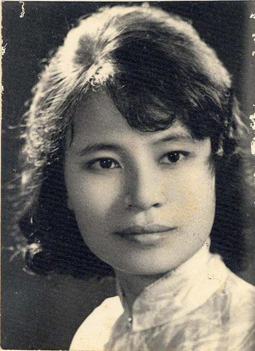 NSƯT Kim Cúc: 40 năm đọc truyện đêm khuya - 1