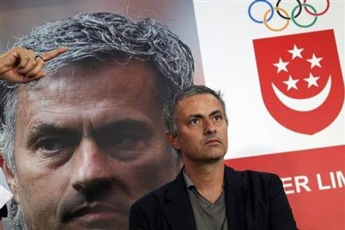 Mourinho lại được vinh danh - 1
