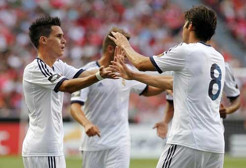 Benfica - Real: Kền kền thảm bại - 1
