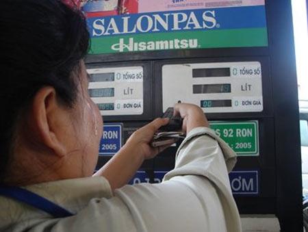 Giá xăng lại sắp tăng? - 1