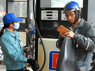 Doanh nghiệp lại tính tăng giá xăng dầu - 1