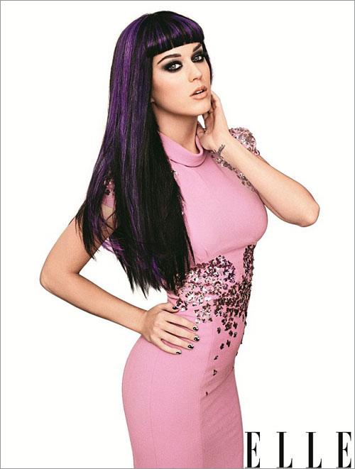 Katy Perry khoe đường cong trứ danh - 1