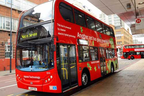 Xe bus Olympic 2012 cán chết người - 1