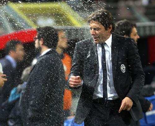 Juventus & Conte: Vết xe đổ Calciopoli - 1